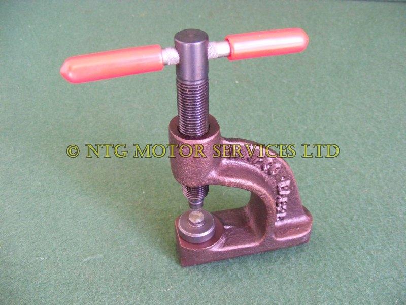Brake Pad Riveting Tool : Shoe rivets